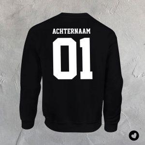 volwassenen-sweater-01-naam-achterzijde